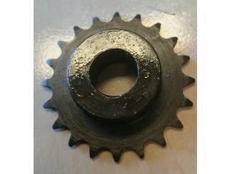 Kettingwiel 8x3mm Z=20 Boring 15H7 2x tapgat