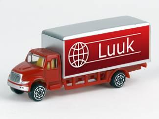 Verjaardagscadeau jongen: model truck  met naam
