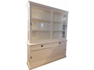 Kast wit 190cm zijkanten glas witte binnenkant