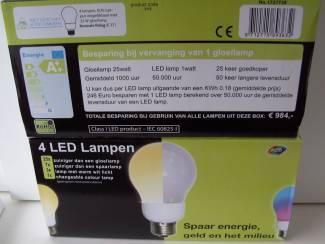 LED LAMP 4 LAMPEN PER DOOS ENERGIE ZUINIG WAT ?LED? JE!.