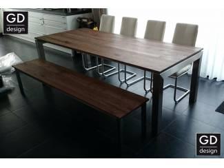 Amerikaans noten tafelblad met RVS design frame op maat!