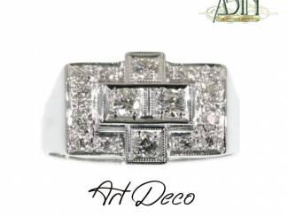 Art Deco verlovingsring met diamanten.