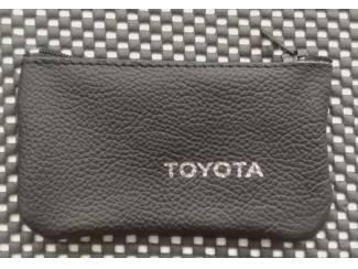 Lederen sleutelhoesje, met TOYOTA logo