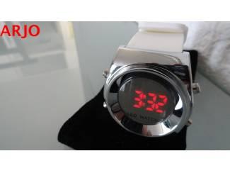 LED Digital Horloge, nr 1089-GEEN VERZENDKOSTEN.