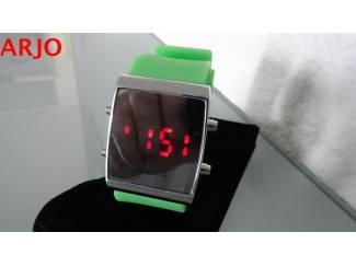 LED Digital Horloge, nr 1080 -GEEN VERZENDKOSTEN.