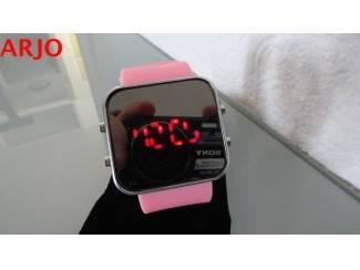LED Digital Horloge, nr 1011-GEEN VERZENDKOSTEN.