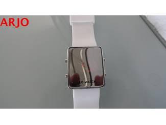 Horloges | Dames LED Digital Horloge, nr 1078-GEEN VERZENDKOSTEN.