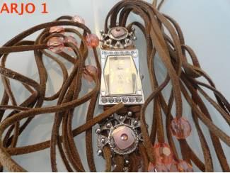 dames horloge,.warovski, nr 29-GEEN VERZENDKOSTEN.