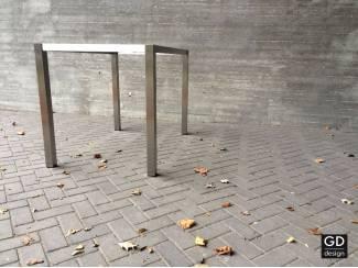 Maatwerk bar / hoge tafelpoten van roestvast staal
