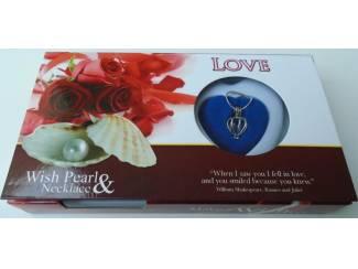 Kettingen UNIEK GIFT LOVE PEARL LOVE ROOD