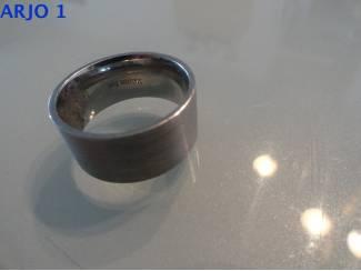 stainless-steel ring maat 21, Nr 2 -GEEN VERZENDKOSTEN.