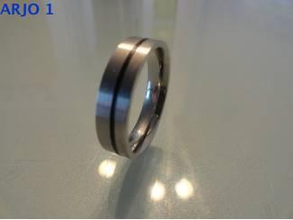 stainless-steel ring maat 22, Nr 21 - GEEN VERZENDKOSTEN.