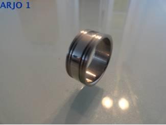 stainless-steel ring maat 17, Nr 52-GEEN VERZENDKOSTEN.