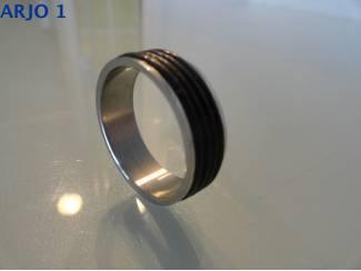 Stainless-Steel ring maat 22, Nr 84-GEEN VERZENDKOSTEN.