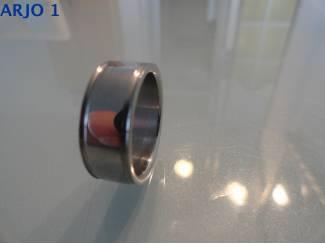 steel ring maat 19, Nr 64-GEEN VERZENDKOSTEN.