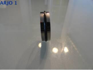Stainless-Steel ring maat 18 Nr 83 -GEEN VERZENDKOSTEN.