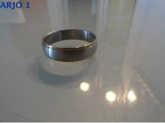 Stainless-Steel ring maat 22 Nr 68 -GEEN VERZENDKOSTEN.