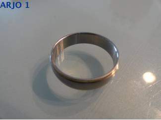 Ringen Stainless-Steel ring maat 22 Nr 68 -GEEN VERZENDKOSTEN.