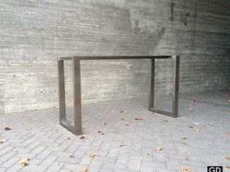 Rvs design tuin bartafel- poten / onderstel / frame model VANNA,