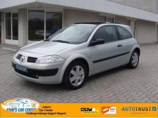 Renault Megane AUT/ Clima/ Lmv/ Nap/ Apk/ navi/ PANO- DAK/ full o