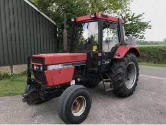 Case 745 XL 2WD 3587 uur.
