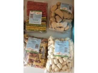 Te koop hondenvoer en honden snacks voor een zacht prijsje