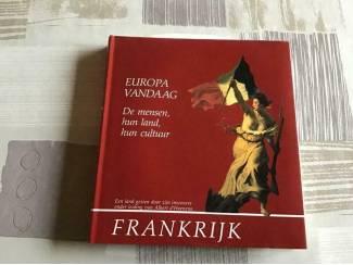 Boek ; FRANKRIJK ;Prachtig exemplaar, unieke foto's en land