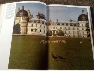 Boek van De Fraaiste Kastelen v/d Loire ,mooie foto's en tek