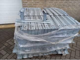 200 buisrailsteunen klem 42.5/51 hoogte 15 cm