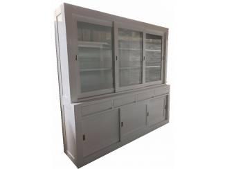 Grote greeploze witte design buffetkast 240 x 220cm