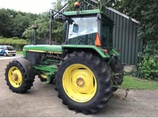 Tractoren John Deere 3050 HL SG2 cabine