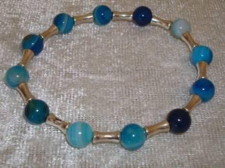 Armbanden Armband van Blue Stripe agaat, maat naar wens