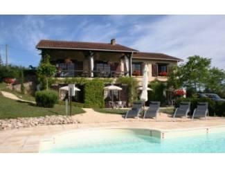 Dordogne: Chambres d'Hôtes met zwembad en fantastisch uitzicht