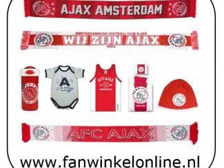 Diverse Ajax fanartikelen