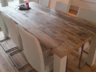 Tafels Mooie houten Eettafel - Poten in elke kleur leverbaar!