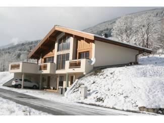 Luxe Chalet 12 pers wintersport Zillertal/Kitbuehel met sauna's
