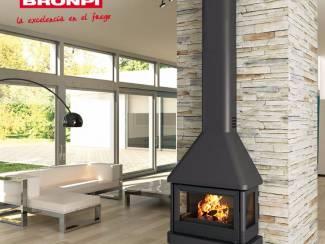 BRONPI LISBOA-C  3 zijde glas wandhaard houtkachel,compleet met v