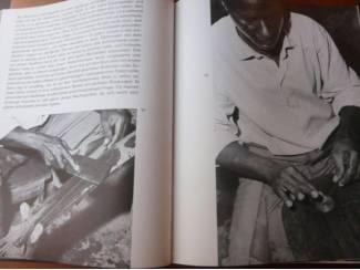 Sport, Hobby en Vrije tijd Unter afrikanischen Handwerken (kunstnijverheid) - René Gardi