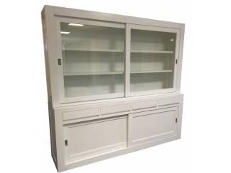 Moderne witte buffetkast 240cm breed greeploos