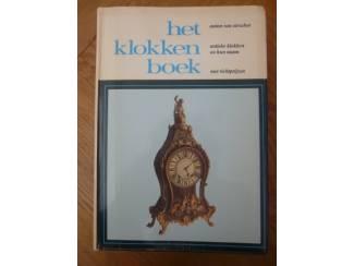 Het klokkenboek - Anton van Oirschot
