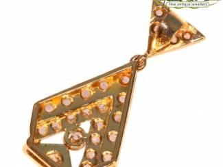 Kettinghangers Diamanten hanger met een prachtige geschiedenis