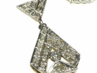 Diamanten hanger met een prachtige geschiedenis