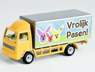 cadeau voor pasen leuke gele  model vrachtwagen met tekst