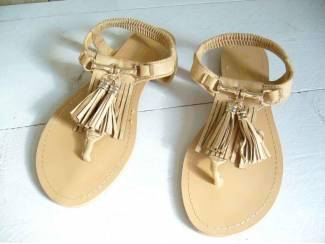 Sandalen/Teenslippers ibiza Style Camel maten: 36t/m 41