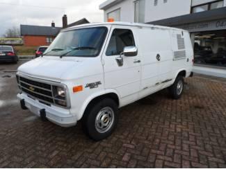 Chevrolet Van G 30 RHD
