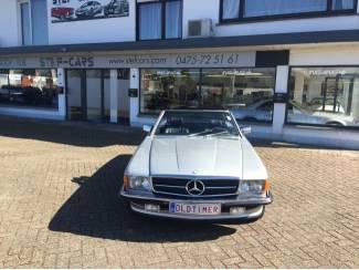 Mercedes Oldtimer Cabrio 560 SL 1987