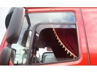 Vrachtwagen onderdelen DAF CF zijwindschermen raamspoilers windvangers pasvorm Heko