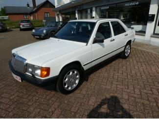 Europese Mercedes 190 Oldtimer 87467km met OHB