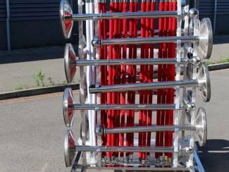 Transportkar afzetpalen op zwenkwielen. Vandaag besteld en morgen
