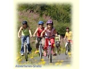 FIETS VAKANTIE door de ARDENNEN mountainbiken kajakken abseile